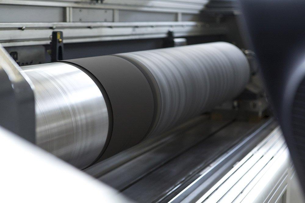 Nu-Maber Rettifica maniche su impianti da stampa flexo Stampa flexografica maniche insice incisione sleeve clichè flexo